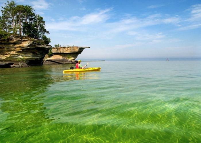 بحيرة هيورون في امريكا lakehuron22.jpg?imgm