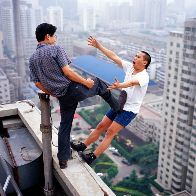 Gravity Defying Photographs of Li Wei