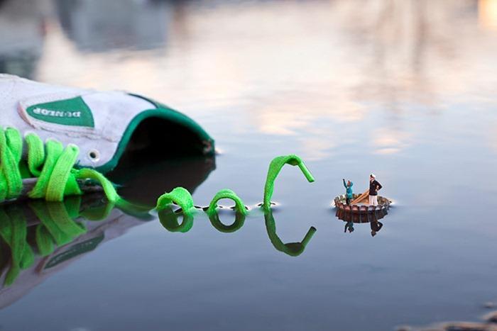 """فنون مصغرة """"Slinkachu"""" الفنان يبدع في تصوير مواقف غاية"""