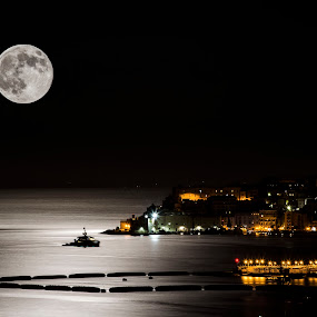 Gaeta  by Giuseppe Ciaramaglia - Landscapes Waterscapes ( moon, gaeta, sea, night, landscapes )