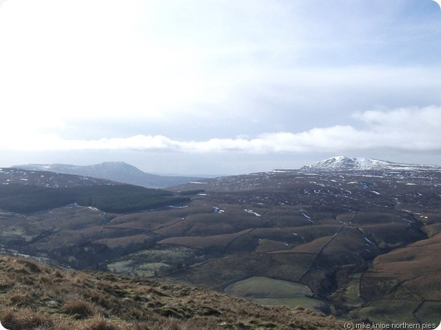 whernside and ingleborough from the bridleway