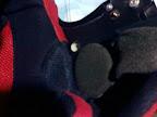 posisi speaker headset di helm