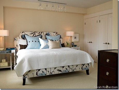 sarahs-house-master-bedroom-image1_0