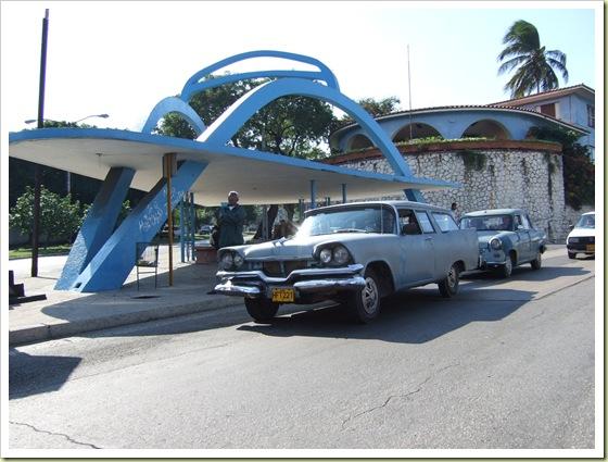 http://lh5.ggpht.com/_dlkAw43cLC0/SUBLQd5rIpI/AAAAAAAABeA/UljbQtYEiNU/s800/02-interesting-bus-stops-around-the-world-havana-thumb.jpg