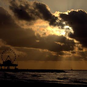 Hide n Seek by Sraddheshnu Basu - Landscapes Waterscapes ( silhouette, clouds and sea, sea, sunrise, city park )