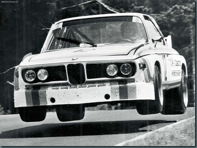 BMW-3.0_CSL_1971_800x600_wallpaper_02