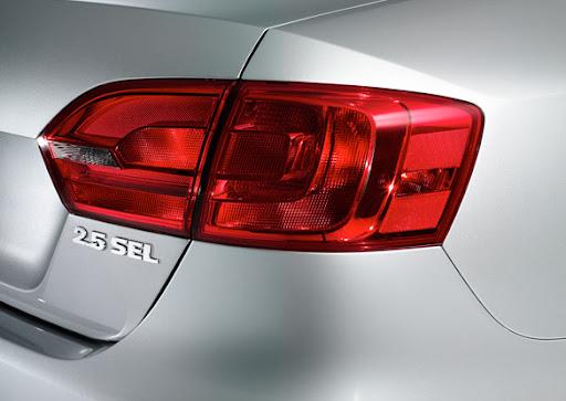 2011-Volkswagen-Jetta-19.jpg