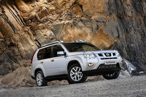 2010-Nissan-X-Trail-7.JPG