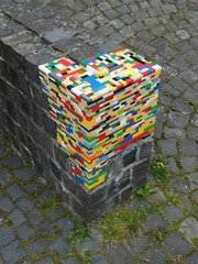 brick-wall-corner-fixed-with-legos
