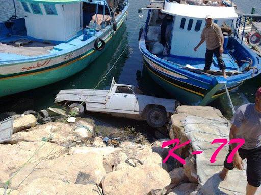 ( يحدث فقط في ليبيا ) 38436_136297543075111_100000845994182_166967_6397442_n.jpg