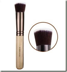 brushes_coverage_foundation_detail