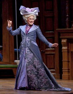 Dame Kiri Te Kanawa as the Duchesse de Krakentorp in Laurent Pelly's production of LA FILLE DU RÉGIMENT [Photo by Ken Howard]