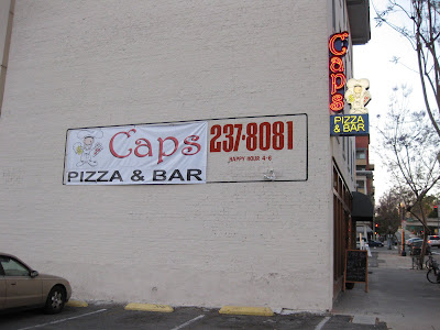 Cap's Pizza & Bar