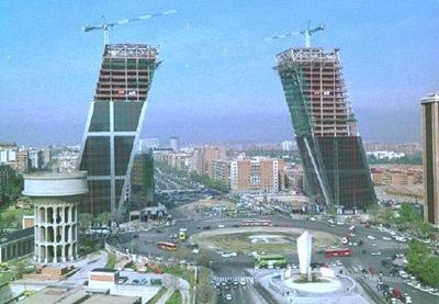 torres_kio_madrid-contruccion