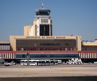 Aeropuerto_de_Madrid-Barajas_torre_control_sur