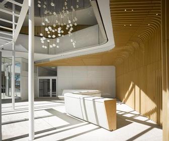 Arquitectura-Edificio-Moderno-Marco-Polo