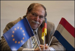 Gastheer en Bocholts stadsarchivaris Dr. Hans-D. Oppel, die eind deze maand met pensioen gaat