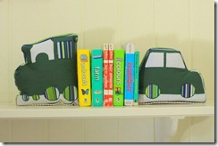 Car_Train_Bookends