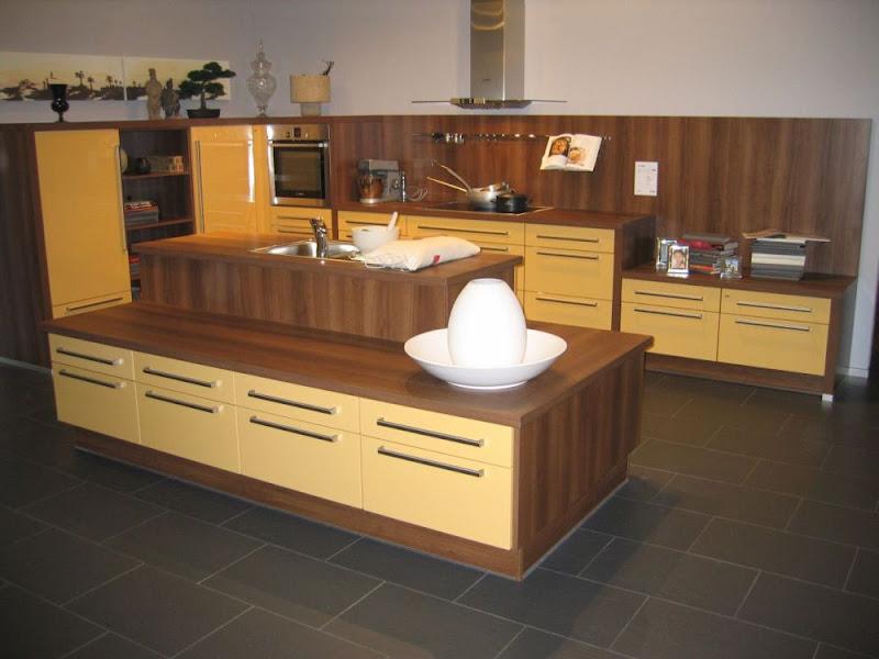 grosse impuls wohnk che mit inselblock zum spitzenpreis lichtgelb ebay. Black Bedroom Furniture Sets. Home Design Ideas