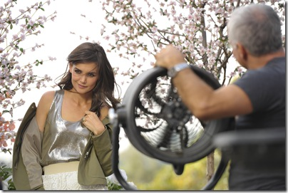 Katie Holmes BTS for Ann Taylor MUST BE IN CAPTION