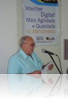 Maurício Maiolino abrindo a apresentação