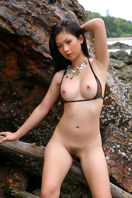 Hot and nude sexy girls