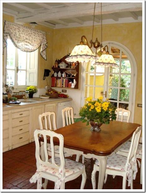 Shabby and charme cucine shabby for Lampadari casa classica