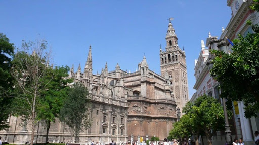 giralda_y_catedral