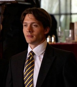 David Oakes as Ross Bonham
