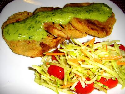 Salvadoran cuisine: Pupusas with Tomatillo-Avocado Sauce ...Salvadoran Pupusas Sauce
