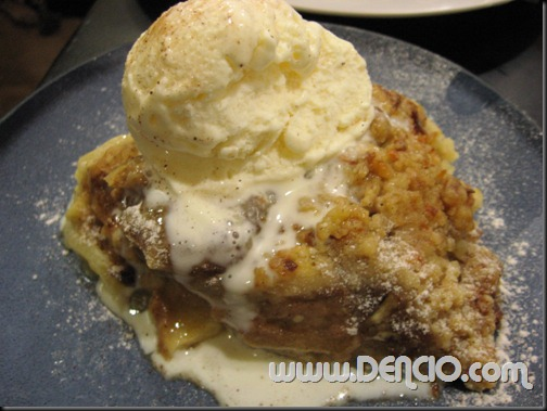 Apple Pie ala mode P104