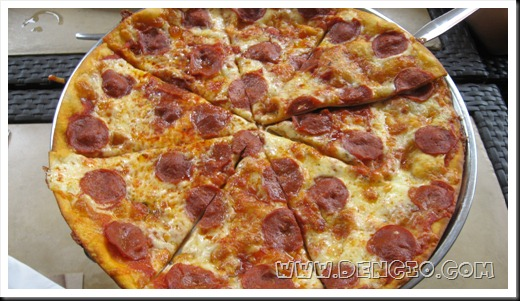 Signature Joey Pepperoni Pizza P325 (50% Off)