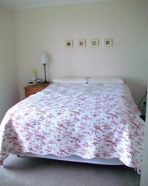2009 Bedroom (12)