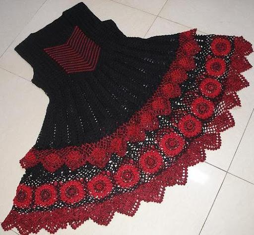 вязаное платье сарафан для девочки.