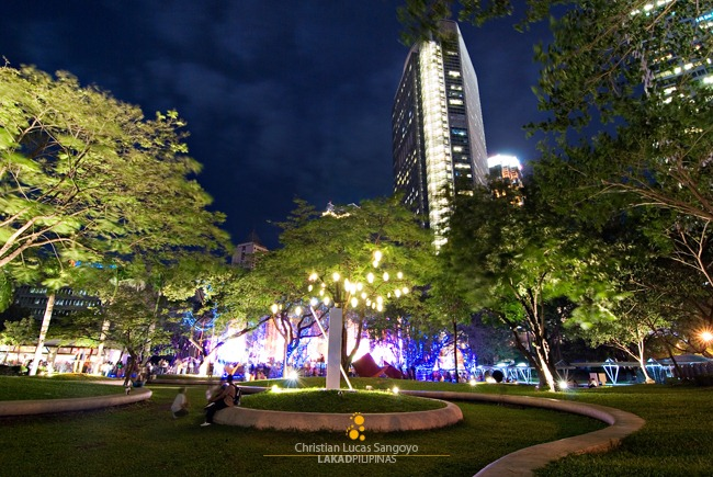 A Quiet Night at the Ayala Triangle Park