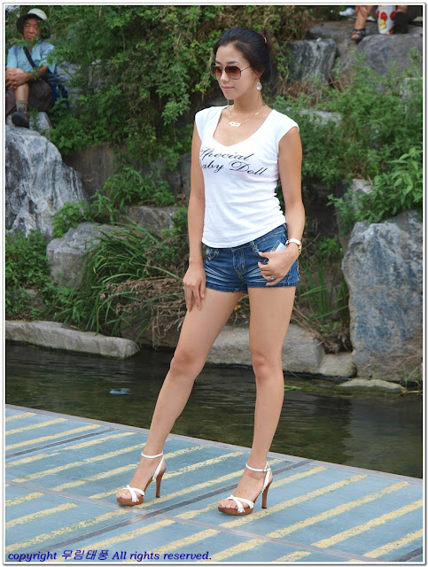 Asian hot japanese girl high heels
