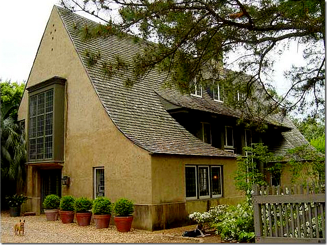 COTE DE TEXAS  You  Too  Can Live In A Bobby McAlpine House TODAY  The area between the house and the carriage house is open and   of the overhanging vines  I wonder if the vines were actually damaged in a