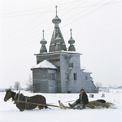 Church of the Resurrection (1766), Rakula, Kholmogorsky district, Arkhangel region - Photograph by Richard Davies