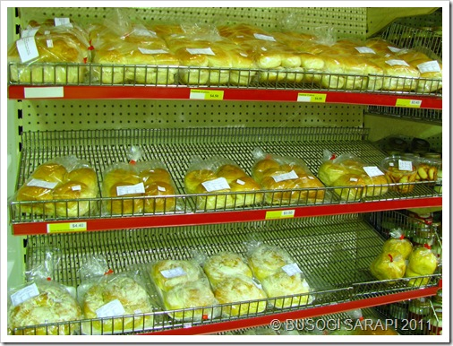 BEST FRIENDS ASSORTED FILIPINO BREADS© BUSOG! SARAP! 2010