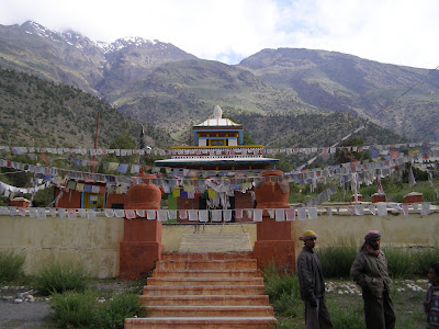 Gompa, 6 kms before Darcha