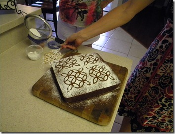 Joy and the Lattice Cake 006