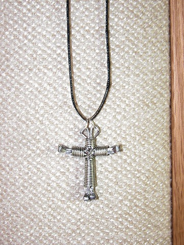 [horseshoe nail cross[3].jpg]