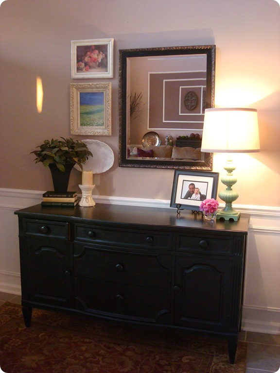 Black second hand dresser foyer