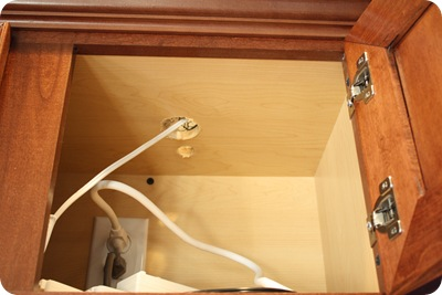 Above kitchen cabinet lighting Under Cabinet Thrifty Decor Chick Mood Lighting In The Kitchen From Thrifty Decor Chick