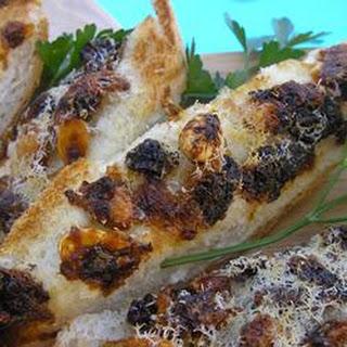 Zola's Adventure Garlic Bread.