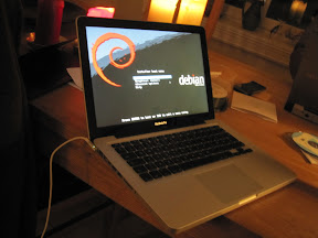 Installing Debian on Macbook Pro 7,1 | skybert net