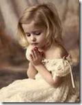 niños rezando (4)