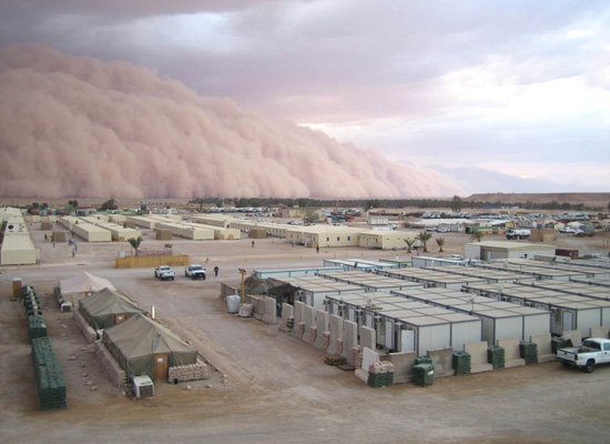Sand Storm in Iraq: April 26, 2005