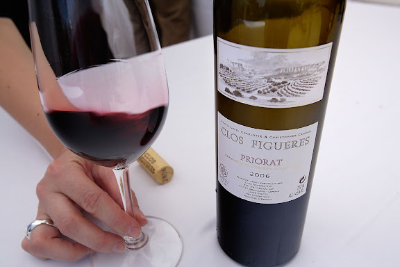 """Clos Figueres,  Tast amb llops, """"tast de vins de poble"""" de la DOQ Priorat dins la XIII Fira del Vi de Falset, Mostra de vins de la comarca del Priorat, Gratallops, Priorat, Tarragona"""