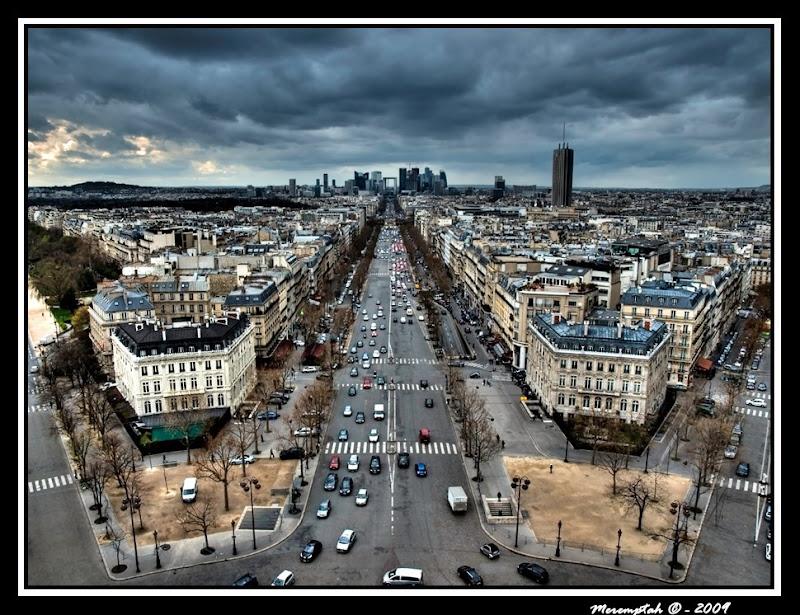 Crise économique financière 2009 Défense Paris